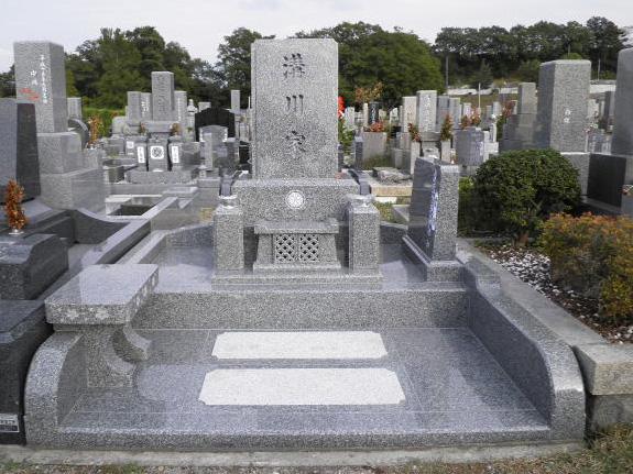 №003 神戸市立 鵯越墓園 さくら地区.jpg
