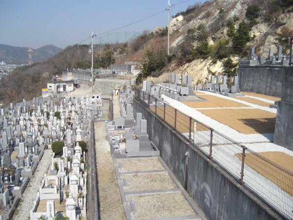 竜山公園墓地の写真